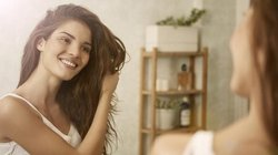 5 Tips For Keeping Your Hair From Getting Greasy Overnight